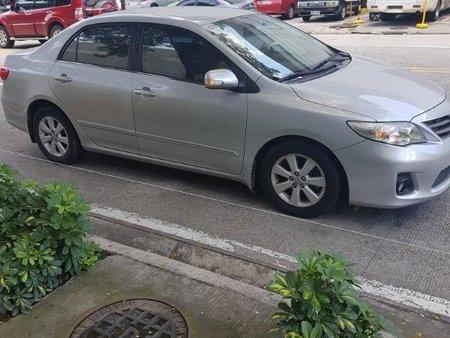 Selling Silver Toyota Corolla altis in Manila