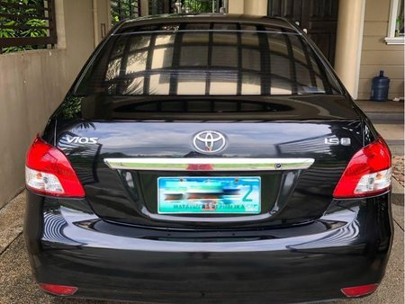 Selling Black Toyota Vios 2010 in Cainta
