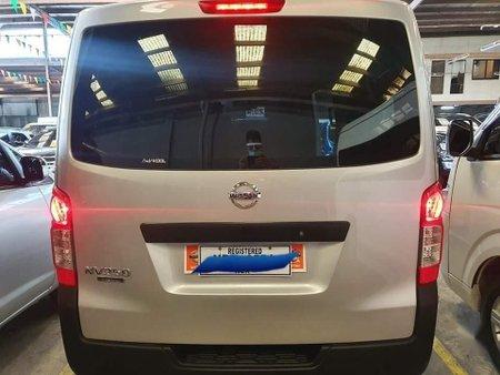 Sell White Nissan Nv350 urvan in Manila