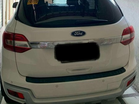 Sell White Ford Everest for sale in Manila
