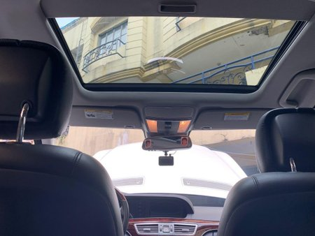 White Mercedes-Benz S-Class for sale in Pasig