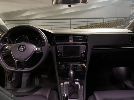 Sell Black 2017 Volkswagen Golf Wagon (Estate) in Quezon City