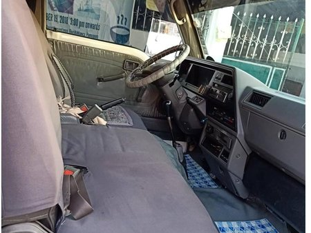 White Nissan Urvan 2003 for sale in Quezon City