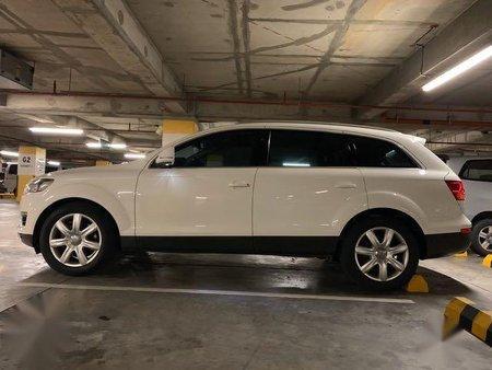 White Audi Q7 for sale in Makati