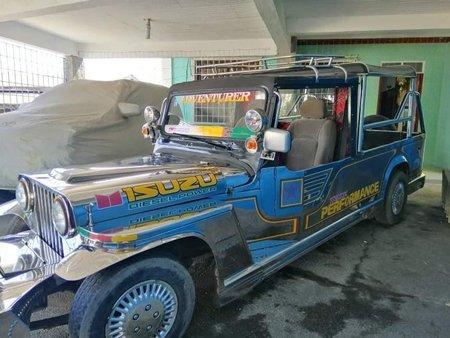 Isuzu Trooper Jeep 2000 for sale in Agoncillo