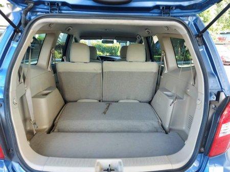 Selling Blue Nissan Livina in Las Piñas
