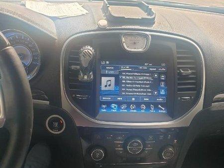 Selling White Chrysler 300c in Angeles