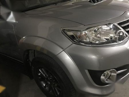 Selling Silver Toyota Fortuner 2015 in Manila