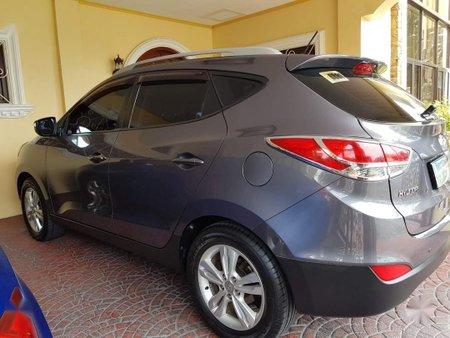 Sell Grey Hyundai Tucson in Angeles
