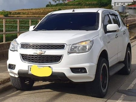 White Chevrolet Trailblazer 2014 for sale in Quezon City