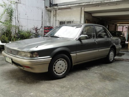 1988 GALANT SUPER SALOON CONVENTIONAL 1800 CC ORIGINAL ALL POWER 2-TONE W/SIDE SKIRTING GOOD RUNNING
