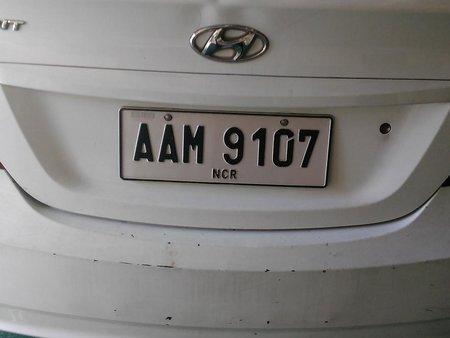 White Hyundai Accent 2014 for sale in Manila