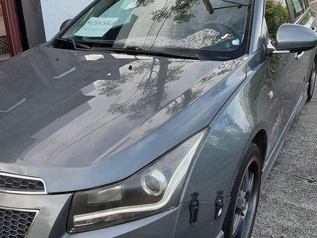 Chevrolet Cruze 2011,  16k odo,  loaded..