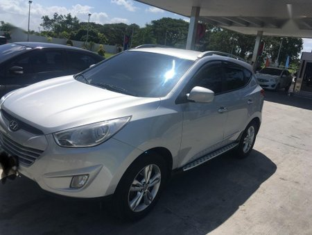 Silver Hyundai Tucson 2013 for sale in Batangas