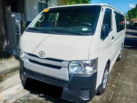 2020 Toyota Hi-ace Commuter