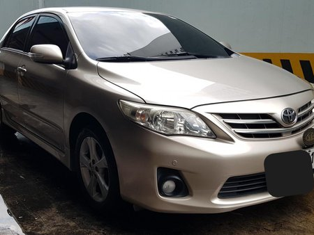 Toyota Altis 2011 1.6V automatic