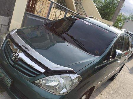 Toyota / Innova E