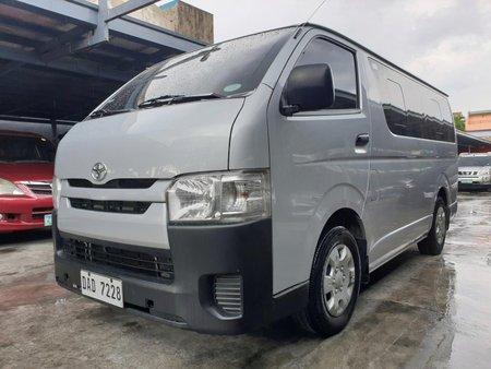 Toyota Hiace Commuter 2017