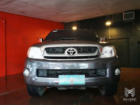 FOR SALE!!! 2011 Toyota Hilux 3.0G 4x4 AT