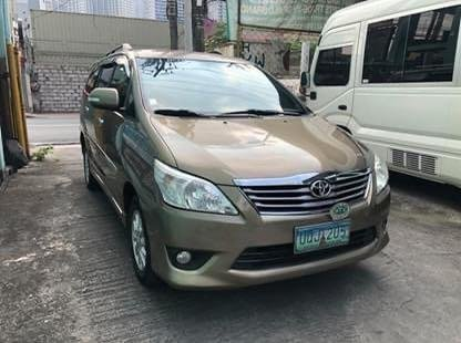 Sell Silver 2012 Toyota Innova in Makati City