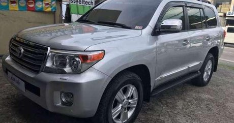 Silver Toyota Land Cruiser 2015 best prices for sale