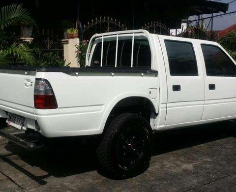 1999 Isuzu Fuego pick up 4x2 for sale