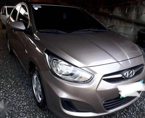 2011 Hyundai Accent 1 4 Gl At Beige For Sale 329677