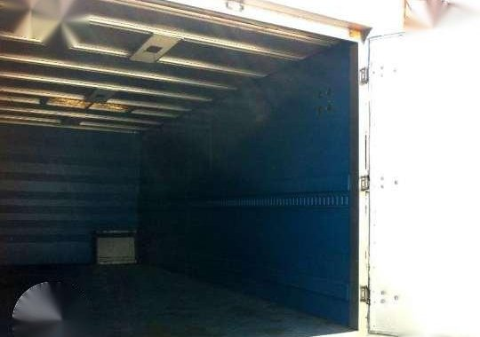 Isuzu (Nissan) ELF 6 Wheeler Closed Van Truck 4HG1 (JAPAN NEW ARRIVAL)