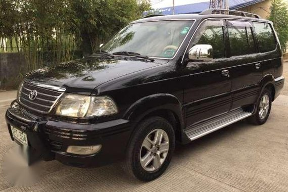 Well maintained Toyota Revo Vx200 2004 AT BLACK for sale