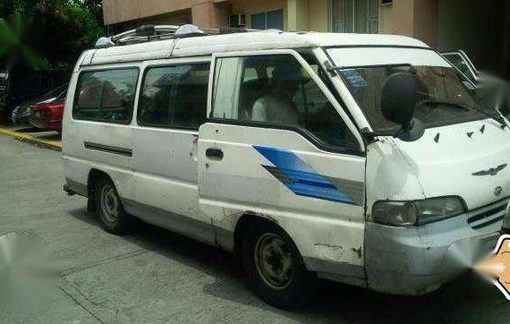 Hyundai Grace (Singkit H100)