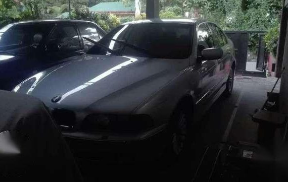 BMW 528I 2001 Red Automatic For Sale