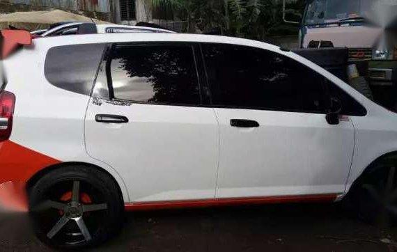 Honda Fit 2010 Model White For Sale