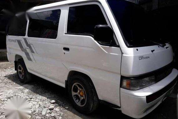 Nissan Urvan Escapade MT 2004