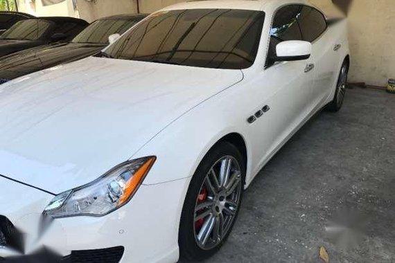 Maserati-Quattroporte S