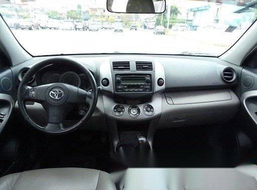 Toyota Rav 4 AT for sale