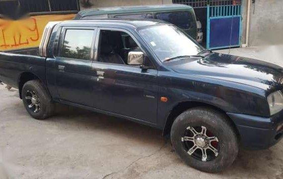 Mitsubishi Endeavor L200 pick up for sale