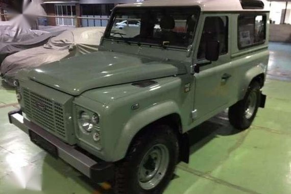 2017 Land Rover Defender Heritage Edition D90 Brand New