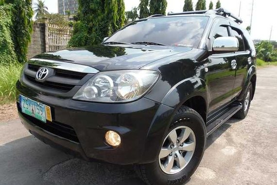 2009s Toyota Fortuner G Diesel AT for sale
