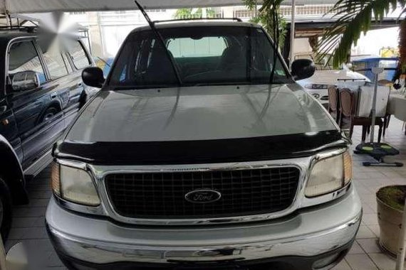 Ford 2000 Expedition XLT Silver for sale