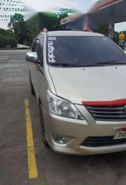 Toyota Innova E 2012