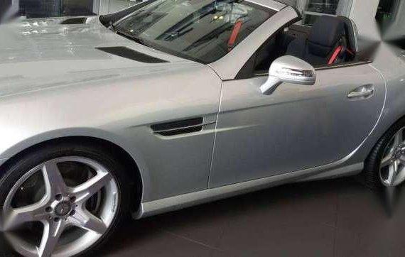 Mercedes benz SLK 350 brand new 2014