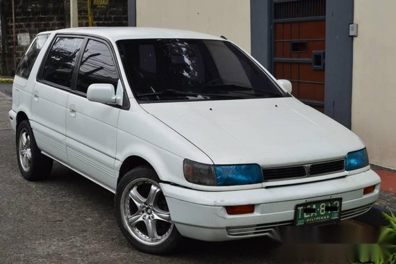 Mitsubishi SPACE WAGON M T for sale