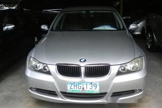 Silver / Grey BMW 320i 2007 for sale