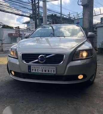 Fresh Volvo S40 2011 Automatic White For Sale