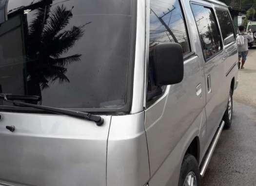 Nissan Urvan Caravan 2001 MT Silver For Sale