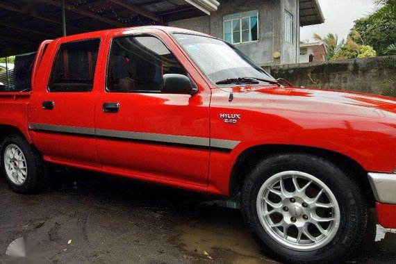 Toyota hilux 2.4D for sale