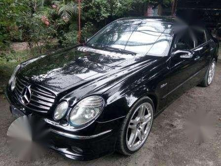 Beautiful 2004 Mercedes Benz E500 AMG FOR SALE