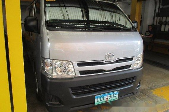 Toyota Hiace 2013 COMMUTER M/T for sale