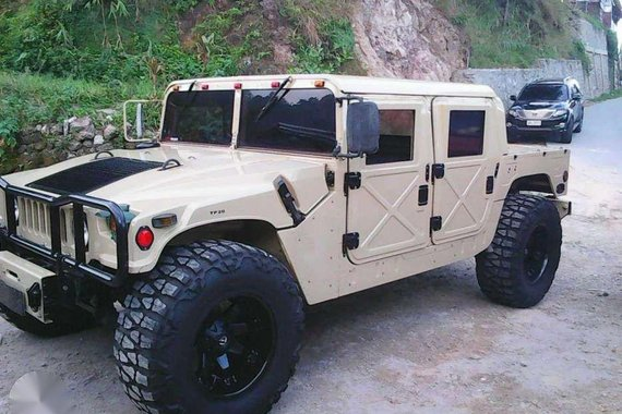 Hummer H1 2006 like new for sale