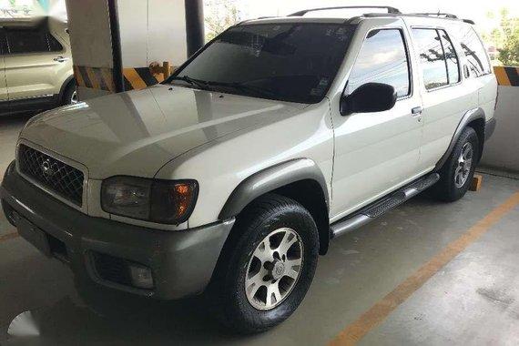 2001 Nissan Pathfinder V6 350se for sale